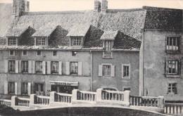 63 RARE LA TOUR D AUVERGNE LES CHAMBRES DORTOIRS INTERNAT DE L ECOLE MENAGERE RURALE / PHARMACIE - Autres Communes