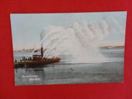 New York > New York City > Manhattan  Fire Boat In Action Pre 1907 UDB Not Mailed -ref 1187 - Manhattan