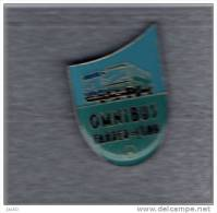 Pin´s  Transport, Bus  Mèrcédès  Omnibus  Fahrer - Club - Mercedes