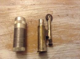 2 Briquet  Fabrication Artisanal Poilus Et Autre - Tabac (objets Liés)