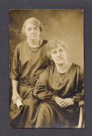 REAL PHOTO CABINET - VRAIS PHOTO POSTCARD - AROUND 1910 -1920 - PHOTO DE FAMILLE - A. LABERGE PHOTO 906 ST JOSEPH QUÉBEC - Photographie