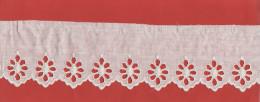 - Dentelle Coton, 5.50 Métres X 6 Cm - Laces & Cloth