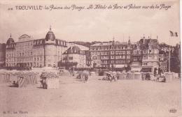 CPA Trouville - La Reine Des Plages - Les Hôtels De Paris Et Palace Vus De La Plage (0666) - Trouville