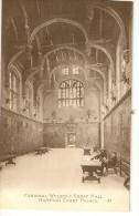 UK110 -Cardinal Wolsey's Great Hall - Hampton Court Palace - London Suburbs