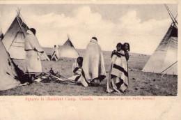 Canada..animée..Squaws In BlackFoot Camp..Indien..tipi..tepee - Alberta