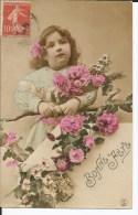 Fantaisie - Jolie Fillette Au Bouquet De Fleurs Et Aux  Cheveux Bouclés - Sonstige