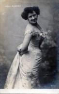Amelia Soarez - Singers & Musicians
