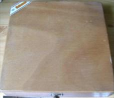 BOITE A CIGARES  COHIBA 21,5 X  21,5 X 4,5  CM VIDE - Boxes