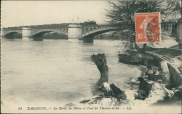 13 TARASCON / Les Bords Du Rhône Et Pont Du Chemin De Fer / - Tarascon