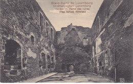 Vianden Altes Schloß Rittersaal Partie Des Ruines M1534 - Vianden