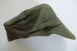 Militaria M - Casquette Kaki Armée Française - Taille Illisible - 2 Scans - Equipement