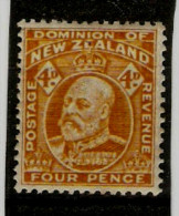 NEW ZEALAND 1912 4d YELLOW SG 390a  MOUNTED MINT Cat £6 - Unused Stamps