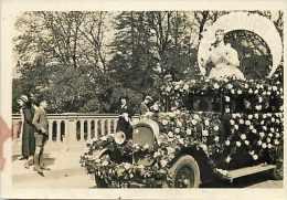 Themes Div- Voiture -automobile - Ref H227- Petite Photo -voiture Fleurie -cavalcade -cendrillon - - Cartes Postales