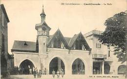 CASTILLONNES . LA HALLE . - France