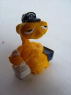 FIGURINE E.T. AVEC UN TELEPHONE Publicitaire QUICK - SEVEN TOWNS - Figurines