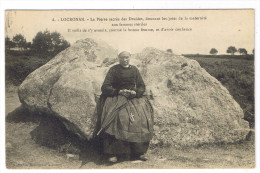 LOCRONAN  LA PIERRE SACREE DES DRUIDES - Locronan