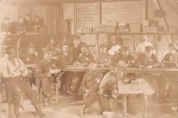 22960 GUERRE 1914 -Ohrdruf - Prisonnier Guerre Militaire Peltier - Kriegsgefangenen -salle Lecture- Photo E Meiner - Guerre 1914-18