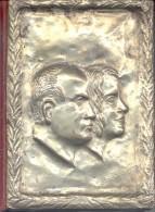 ANITA PENSOTTI LA RESTITUZIONE DEI RESTE DI MUSSOLINI NEL DRAMMATICO RACCONTO DELLA VEDOVA DINO EDITORI 1972 123 PAGINAS - Libri Antichi