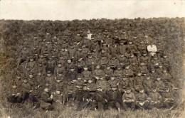 CPA 163 - MILITARIA - Carte Photo Militaire - Groupe De Soldats / Militaire Du 8e D´infanterie à CALAIS - Régiments
