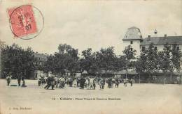 CAHORS . PLACE THIERS ET CASERNE BISSIERES . - Cahors