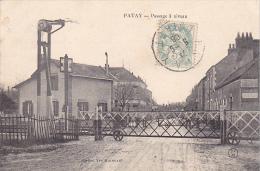 23002 (France 45) PATAY Le Passage A Niveau - Ed Yves Moineau CFM - Barriere Garde