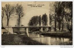 77-COMBS-la-VILLE-Le Pont Du Diable-animée -abimée En Haut - Combs La Ville