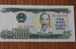 Billet De Banque -- Bank - Banco De VIET NAM  50 000 DE 1994 - Viêt-Nam