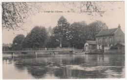 N° 4  -  CRUE DE L'ORNE  - MAI 1907  -  LA PASSERELLE ET LE BARRAGE - Caen