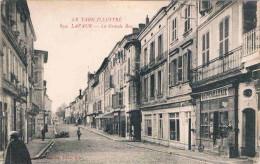 FRANCE  C.P.A  81  TARN   LAVAUR  La Grande Rue  (en L´état) - Lavaur