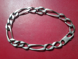 GOURMETTE EN ARGENT - Bracelets