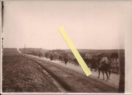 Verdun Meuse Convoi De Camions Ravitaillement Officiers En Pelisse Voie Sacrée Poilus 1914-1918 14-18 Ww1 WWI 1.wk - Guerre, Militaire