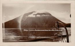 LOT DE 2 PHOTOS 7X11.5 1936 STROMBOLI ET VILLAGE 2355 - Places