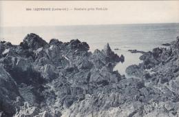 Cp , 44 , LE CROISIC , Rochers Près Port-Lin - Le Croisic
