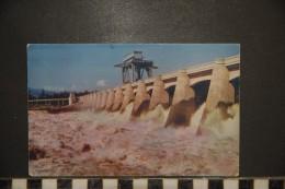 OREGON Turbulent Water At Bonneville Dam  On The Columbia River - Non Classés