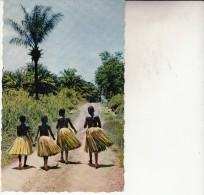 Afrique  Départ Pour La Danse - Cartes Postales