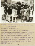 Photo Card WW2 USA US AEF Sailors Visit WASHINGTON Co Durham 1942 Children Kids - History