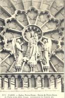 CPA PARIS - EGLISE NOTRE DAME - STATUE DE NOTRE DAME DE PARIS ENTRE DEUX ANGES SURMONTANT LA GALERIE DES ROIS EN AVANT D - Notre Dame De Paris