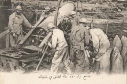 CPA Sous-titrée En Arabe - En Belgique - 220 En Action - Guerra 1914-18