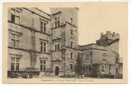 84 - Lourmarin - Château Renaissance - Cour Et Terrasse - Ed. Roque, Tabac - Lourmarin