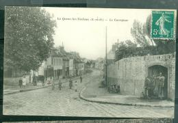 La Queue-lez-Yvelines, Le Carrefour    Das 144 - Francia