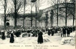 DINAN. Et Non DINAND. Marché Aux Cochons. Remparts Du XIII° ET XIV° Siécle, Tour De Coêtquen. Chariots - Cochons