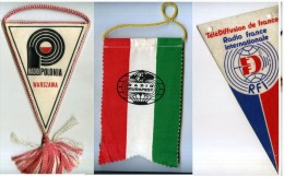 LOTTO TRE GAGLIARDETTI RADIO ONDE CORTE SWL POLONIA BUDAPEST FRANCE INTERNATIONAL - Radio & TSF