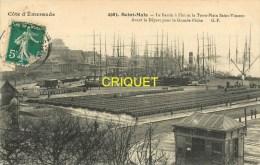 Cpa 35 St Malo, Le Bassin à Flot Et Le Terre -Plein St Vincent Avant Le Départ Pour La Pêche, Affranchie 1911 - Saint Malo