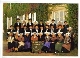 """CPM PUILBOREAU (Charente Maritime)FOLKLORE COSTUMES  - Groupe Folklorique Régional Aunis Saintonge """"Les Etournias"""" - Altri Comuni"""