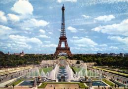 PARIS - La Tour Eiffel - Les Jardins De Chaillot - (549)  - - Tour Eiffel