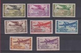 A.E.F //  Lot De Timbres // Poste Aérienne // NEUFS Avec Traces De Charnières - A.E.F. (1936-1958)