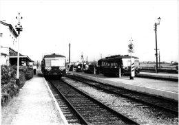 TRAINS 10 PC Stations Belgie  Charleroi Fauroeulx  Haine St Pierre  Jumeppe Manage  Mons  Pieton  Poulseur PUB SNCB CFC - Trains