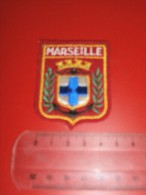 ECUSSON PATCH EN TISSU  MARSEILLE - Scudetti In Tela