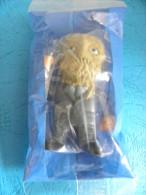 Figurine Nestlé Serie Batman  2008 Dans Son Double Emballage - Batman