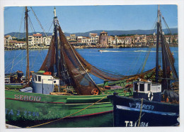Espagne--CAMBRILS--1968-- Bateau Pêcheur,au Fond Faubourg Maritime Cpsm 10 X 15 N°2005 Arribas--joli Timbre - Tarragona